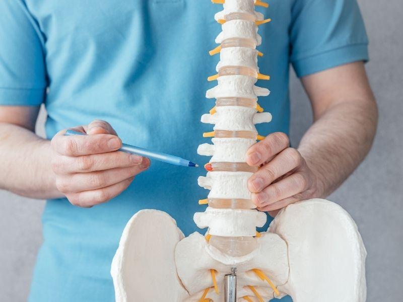 Ernia del disco: cause, sintomi e cure
